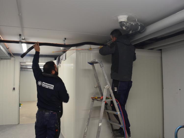 Installation von Kühlhaus bzw. Kühlraum